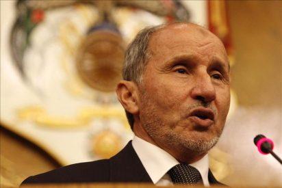 El líder de los rebeldes libios se reúne con el ministro argelino de Exteriores