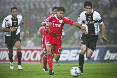 El Benfica sube al liderato provisionalmente con goles de Cardozo y César