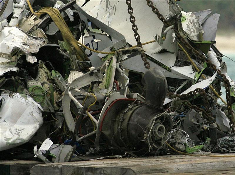 Un avión lituano se estrella tras chocar en el aire con un Mirage de la OTAN