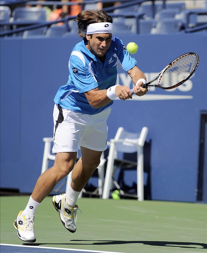 Ferrer se rehace de su mal inicio de partido y avanza a la segunda ronda