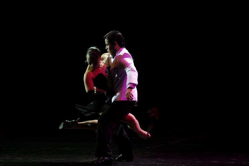 """Una pareja de bailarines argentinos gana el IX Mundial de Tango en la categoría de """"escenario"""""""