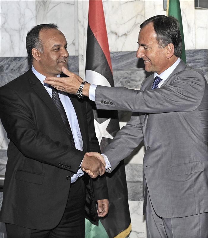 Italia desbloquea quinientos millones de euros para Libia