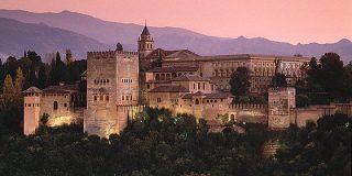 El bono turístico andaluz será del 50% para familias con rentas inferiores a 20.000 euros