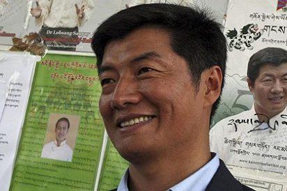 Lobsang Sangay sustituye al Dalai Lama como líder político tibetano
