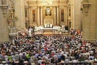 """Munilla: """"Los jóvenes tienen más valores cristianos de lo que a primera vista quepa suponer"""""""