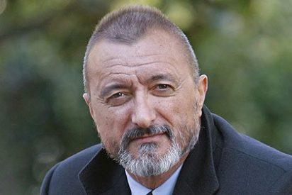 Arturo Pérez-Reverte 'despide' a Zapatero y a los imbéciles y malvados que nos han gobernado