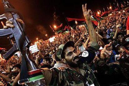 El régimen de Gadafi se desmorona tras la llegada de las tropas rebeldes a la capital