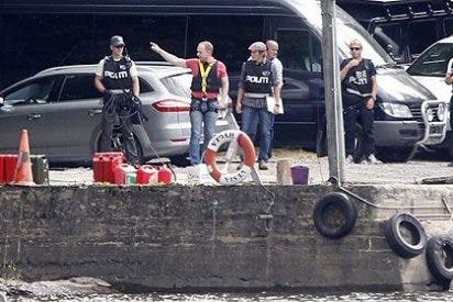 El monstruo Breivik regresa a la isla de Utoya a reconstruir la matanza