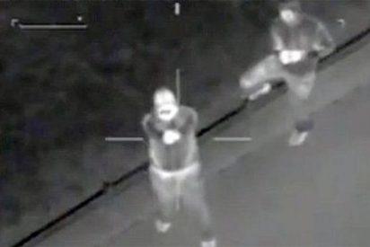 Imágenes inéditas de enmascarados disparando a policías desarmados en Birminghan