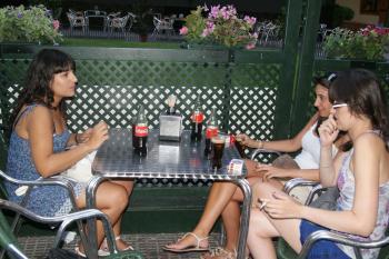 El ayuntamiento de Talavera inicia una serie de reuniones para ampliar la temporada de terrazas