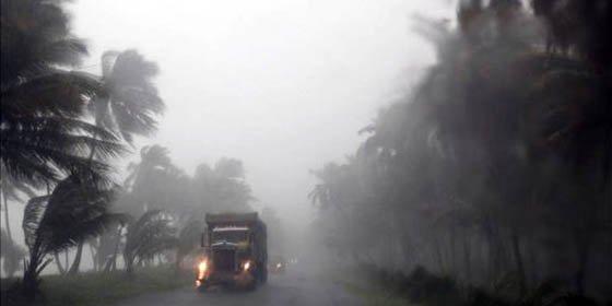 "Huracán ""Irene"" azota Bahamas y ocasiona graves daños en el Caribe"