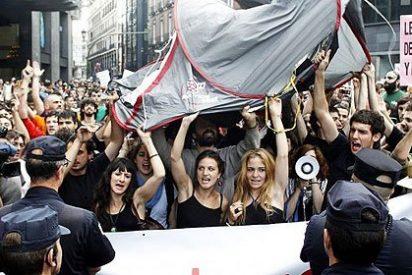 El Gobierno socialista cede y permite que la marcha 'antiPapa' pase por la Puerta del Sol
