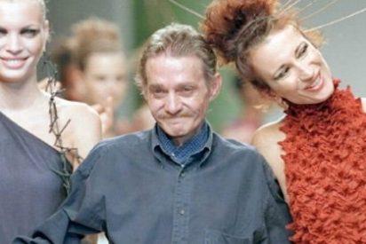 Fallece Jesús del Pozo, el diseñador de referencia de la moda española de los 80