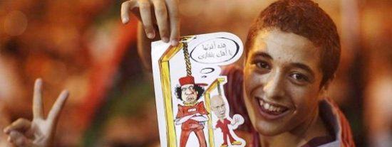 Los rebeldes acorralan a Gadafi y toman el centro de Trípoli