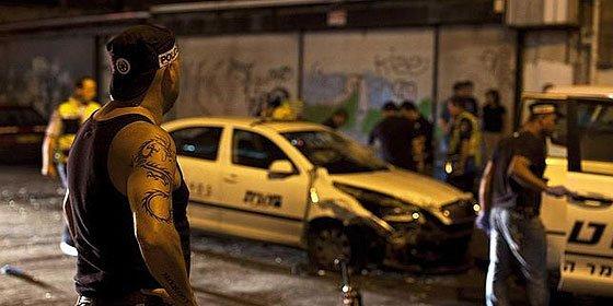 Un terrorista palestino apuñala a 7 israelíes tras robar un taxi en Tel Aviv