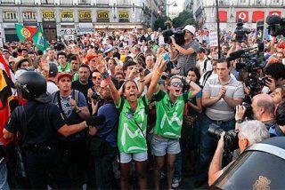 Duelo en Sol entre peregrinos del JMJ y manifestantes anti-Papa