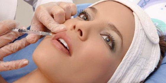 Sanidad ordena la retirada y el cese de utilización de unos implantes de relleno de arrugas
