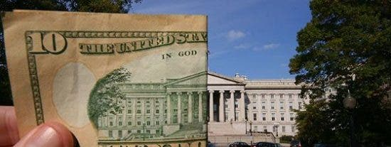 Standard & Poor's rebaja la nota a la deuda de EEUU