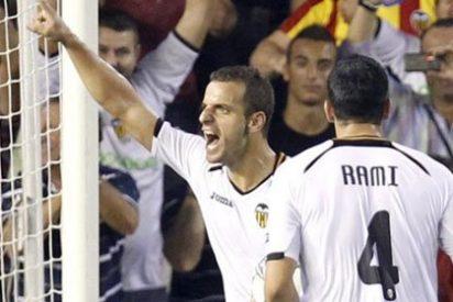 Soldado rescata un punto para el Valencia ante el Chelsea (1-1)
