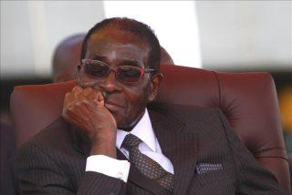 A los 95 años y en la cama: falleció el exdictador de Zimbabwe Robert Mugabe