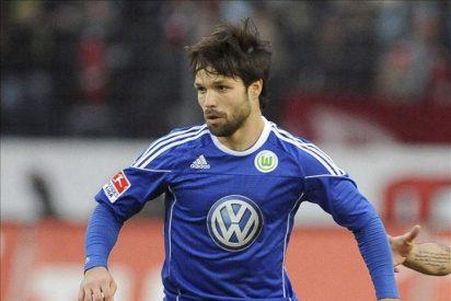 El Wolfsburgo anuncia la cesión del brasileño Diego al Atlético