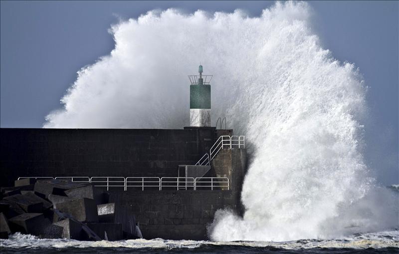 Once provincias y Menorca en alerta amarilla por lluvias y tormentas