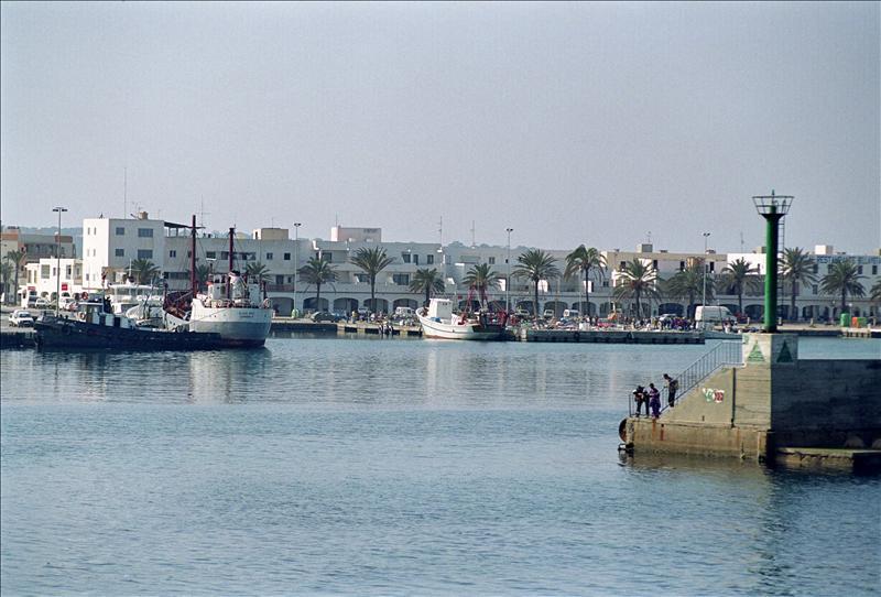 73 detenidos en dos operaciones antidroga en zonas de ocio de Ibiza
