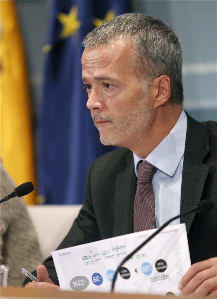 Camacho analizará la lucha contra ETA con su homólogo francés hoy en París