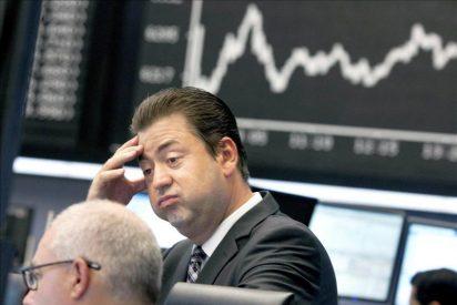 Las bolsas europeas caen alrededor del 5 por ciento por el pánico a la recesión