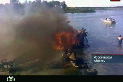 Al menos 43 muertos al estrellarse un avión de pasajeros ruso Yak-42
