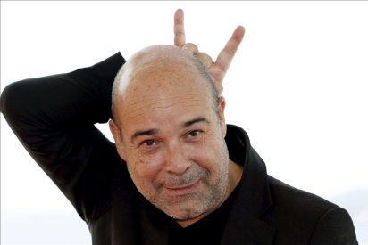 """Antonio Resines se pasa al otro lado de la barra en el """"Cheers"""" español"""