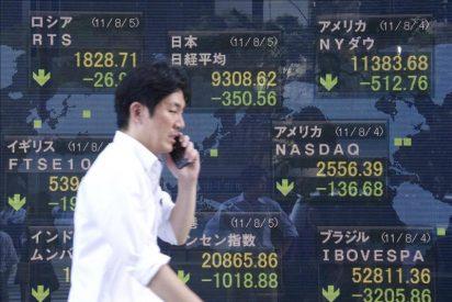 La Bolsa de Tokio toca su mínimo en seis meses ante la caída del euro