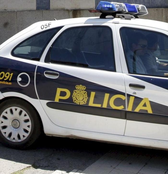 Detenida una mujer que pasó cinco días con el cadáver de su pareja en casa, en Vélez-Málaga