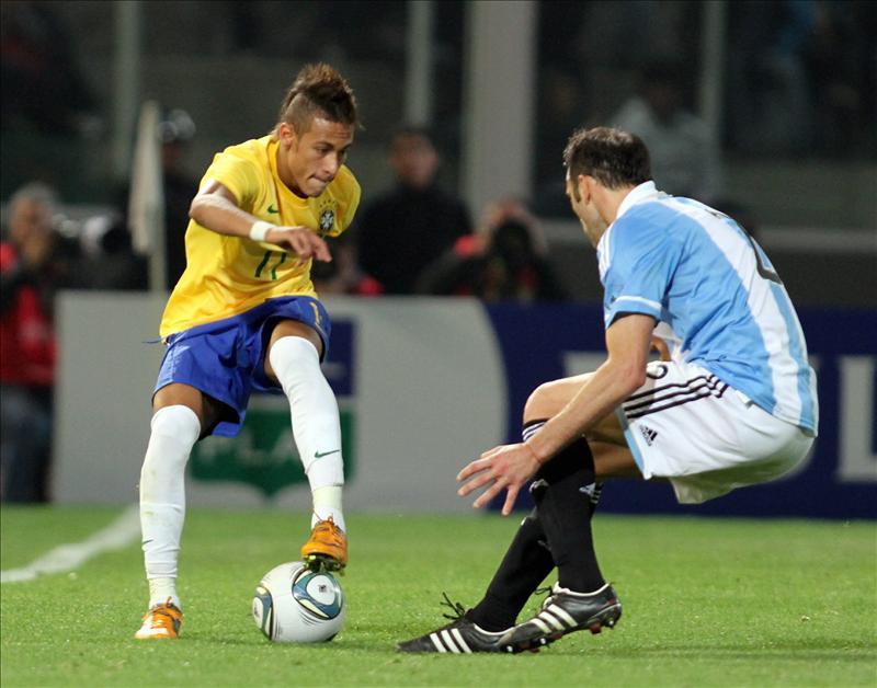 0-0. Una jugada de Damiao paga el boleto en un discreto empate entre Argentina y Brasil