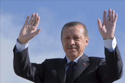 Erdogan pone el broche final en Libia a su viaje por países revolucionarios