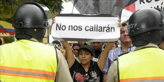 Tribunal aplaza hasta el jueves dictamen sobre demanda de Correa