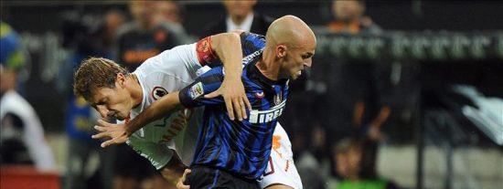 El Inter y el Roma aumentan sus dudas y el Cagliari asume el liderato