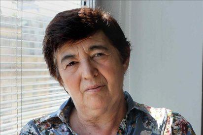 Ana María Moix pide a los políticos que recuperen el poder de decisión