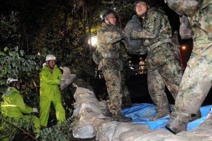 """El tifón """"Roke"""" deja ya 10 muertos y cinco desaparecidos"""