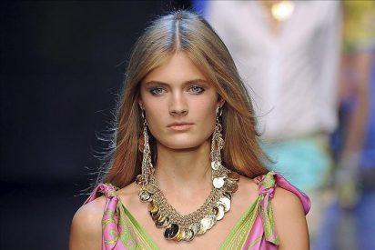 Dolce and Gabbana se despide de las pasarelas con la alegría convertida en estampado