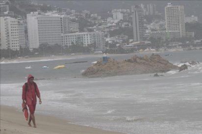 """""""Hilary"""" llega a huracán de categoría 4 en el Pacífico mexicano"""