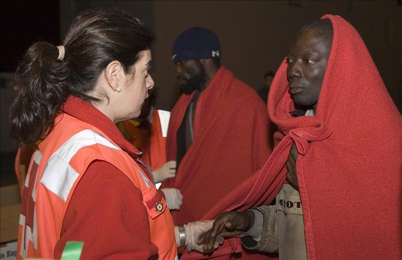 Interceptadas dos pateras con 25 inmigrantes a 20 millas de costa Cartagena