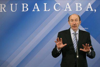 Rubalcaba interviene en un acto con militantes en Alcorcón (Madrid)