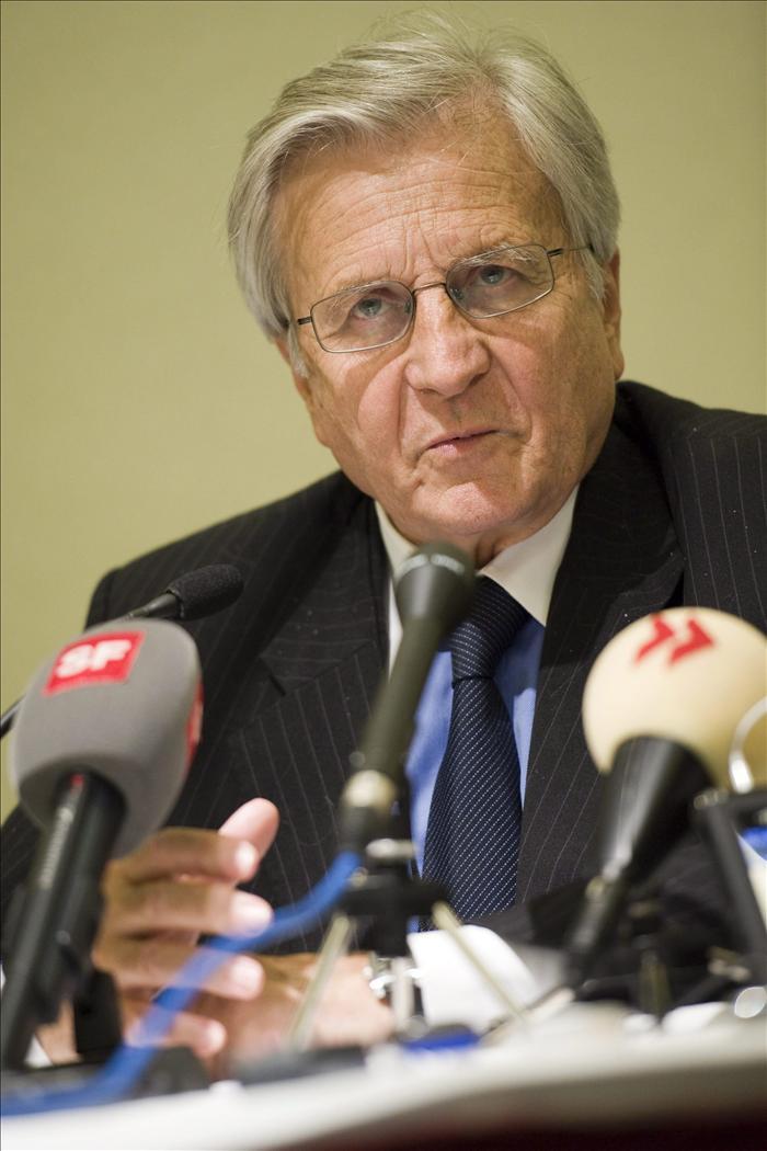 Los gobiernos europeos estudian ampliar el fondo de rescate de la eurozona