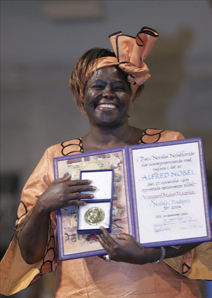 Muere de cáncer la keniana Premio Nobel de la Paz Wangari Maathai