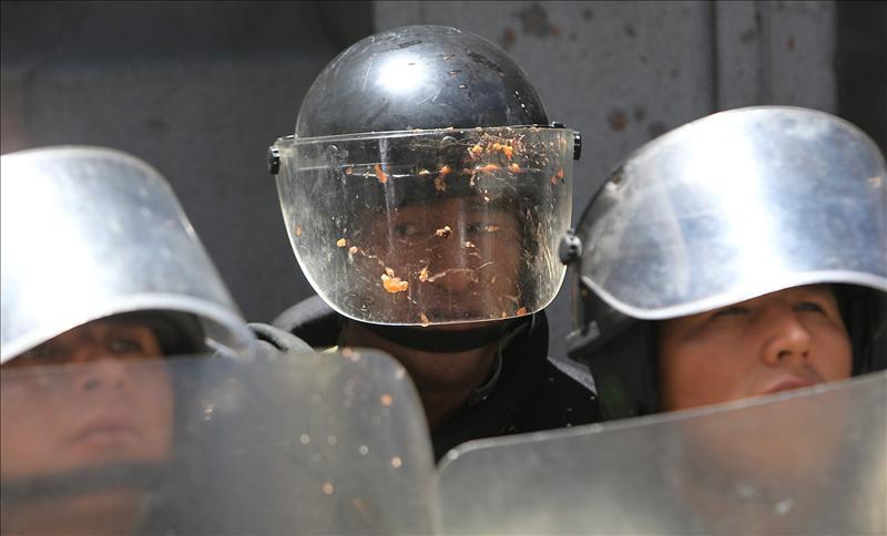 Indígenas bolivianos mantienen su protesta con más renuncias en el Gobierno