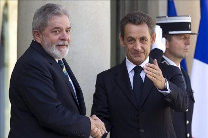Lula, investido doctor honoris causa por la universidad Sciences Po de París