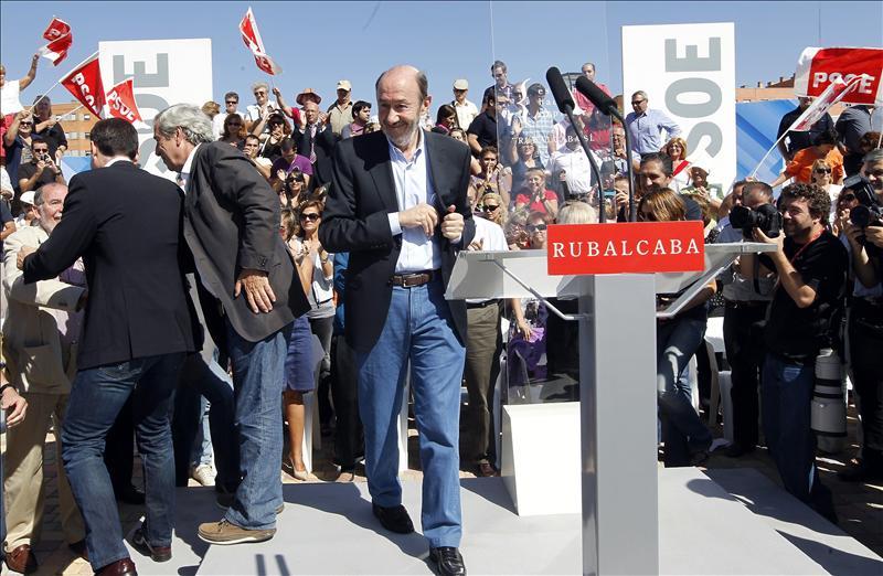 Los alcaldes del PSOE que sean candidatos tendrán que renunciar antes del 20N