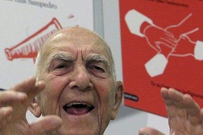 """El abuelo Hessel ha desmentido esta tontería de que """"no les representan""""; Rubalcaba, parece que sí"""
