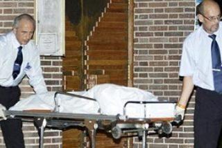 Un hombre mata a tiros a una embarazada en una iglesia y luego se suicida